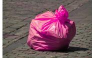 Rosa Müllsäcke sollen aus dem Stadtbild verschwinden